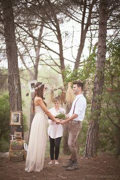 Una boda boho en el bosque con mascotas   My Wedding Lab - Blog de Bodas, Moda y Cosas Bonitas
