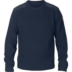 FEATURES of the Fjallraven Men's Sarek Knit Sweater Outdoor sweater in exceptionally warm lambswool Wool continues to warm even when wet Round neck construction G-1000 Original reinforcement on shoulders Leather details SPECIFICATIONS of the Fjallraven Men's Sarek Knit Sweater 100% Wool - G-1000 Original: 65% Polyester - 35% Cotton