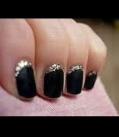 Cute new years eve nails