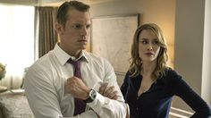 """'House of Cards': Joel Kinnaman Talks Season 5 """"Unraveling"""" and Election Parallels #FansnStars"""