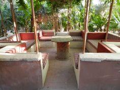 Maison d'hôtes et camping car park select, le Jardin de la Koudya se situe près de Taroudant. Un lieu, un jardin, dans une ferme bio de 80 ha, envoûtant !