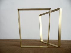 "Image of 28"" Trapezoid Flat Brass Metal Table Legs, 24"" Base width, Brass SET(2)"
