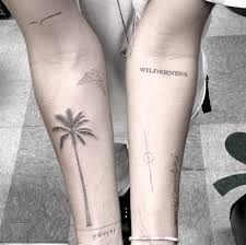We have discussed the history, benefits and some of the best unique minimal tattoo designs which you can go and get inked. Ink Tatoo, Hand Tattoo, Text Tattoo, Natur Tattoos, Tree Tattoo Designs, Geniale Tattoos, Bild Tattoos, Minimal Tattoo, Minimalist Tattoos