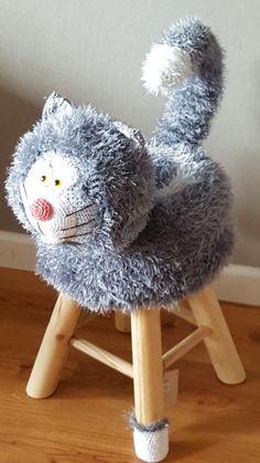 Holiday Crochet, Crochet Home, Cute Crochet, Crochet For Kids, Crochet Yarn, Crochet Cushions, Crochet Dishcloths, Crochet Dolls Free Patterns, Stuffed Animal Patterns