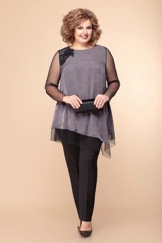 Over 50 Womens Fashion, Fashion Tips For Women, Plus Size Dresses, Plus Size Outfits, Casual Dresses, Fashion Dresses, Simple Gowns, Iranian Women Fashion, Plus Size Kleidung