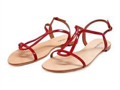 c1d96c329 Sandalia charol rojo Diana SERAPHITA Nuestra sandalia más reconocida. El  modelo Diana está realizada en piel charol color rojo .