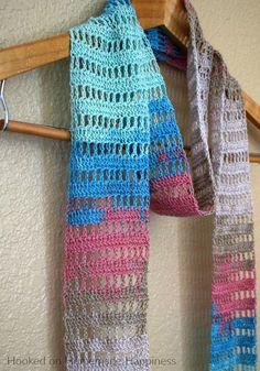 Light Summer Scarf - free crochet patten at Hooked On Homemade Happiness.