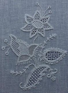 Schwalm Whitework by Jane D. Zimmerman - This project expl Hand Embroidery Art, Hardanger Embroidery, White Embroidery, Embroidery Thread, Embroidery Designs, Drawn Thread, Thread Painting, Brazilian Embroidery, Crochet Diagram