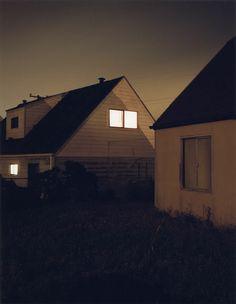 Todd Hido, Homes at Night 2045 William Eggleston, Night Photography, Photography Tips, Photography Aesthetic, Scenic Photography, Professional Photography, Aerial Photography, Vintage Photography, Landscape Photography