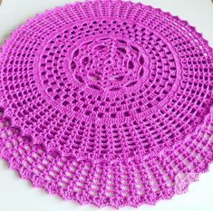 pembe tığ işi supla modeli You are in the right place about ganchillo Crochet Here we offer you the most beautiful pictures about the Crochet. Crochet Bolero Pattern, Crochet Baby Poncho, Crochet Tablecloth Pattern, Free Crochet Doily Patterns, Crochet Placemats, Crochet Doily Diagram, Crochet Motif, Crochet Designs, Crochet Doilies