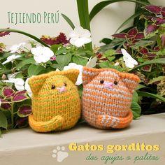 Knitted chubby cats tutorial! Mini video tutorial de hoy miércoles: Gatos gorditos! Pueden ver cómo tejerlos en dos agujas en forma tubular en nuestro canal de YouTube (esperosas): http://goo.gl/MOKEWX This video includes English subtitles