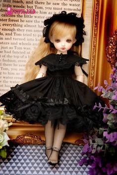 Outfit 1/6 YoSD Dollfie BJD doll lolita black dress par funtland