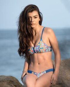 Pepper Swimwear is a Californian brand whose products include beach volleyball bikinis, boardshorts and shirts. Olympic Badminton, Olympic Games Sports, Olympic Gymnastics, Volleyball Outfits, Beach Volleyball, Bikini Swimwear, Thong Bikini, Bikinis, Jordyn Wieber