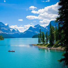 Maligne Lake in Canada