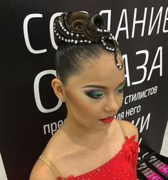 Создание образа в студии @chursinastyle . Hair by me, make up by #ElenaBasmanova  #hair #hairstyles #ballroomdance #ballroomhair #wdsfdancesport #dancesport #chursinastyle #victoriabartseva