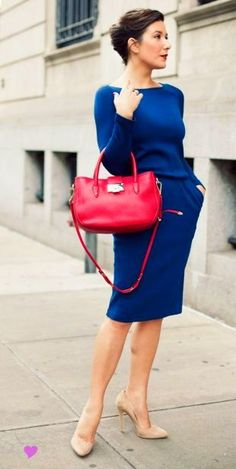 stylish work attire and a hand bag in an eye-catching color  #officefashion #workwear