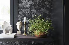 Etusivu | Pihlgren ja Ritola Osakeyhtiö Classic Wallpaper, Traditional Wallpaper, Classic Collection, Designer Wallpaper, Renaissance, Tapestry, Interior Design, Pattern, Painting