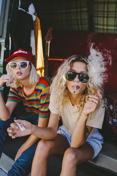 Photographer Shayna Colvin captured Yvonne and Adrianna in a moment of quintessential California chill, and we are loving the vibes.