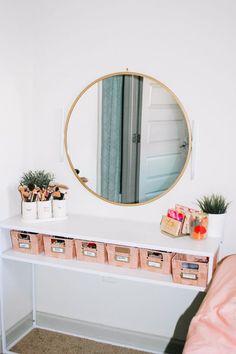 Room Ideas Bedroom, Bedroom Decor, Cool Room Decor, Makeup Room Decor, Makeup Rooms, Aesthetic Room Decor, Home Room Design, My Room, Room Inspiration