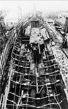 The construction of the battleship Tirpitz,1937