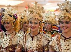 Sejarah Tari Gending Sriwijaya Asal Palembang | Macam-Macam Tarian di Indonesia