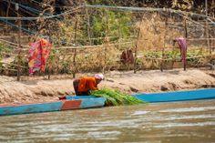 Bevölkerung am Mekong-Ufer in Südlaos