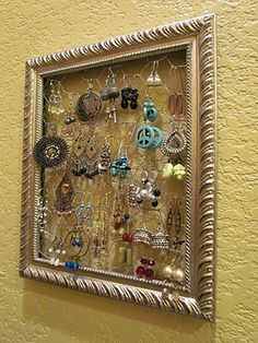 chicken wire + frame  might be doing this!!!!