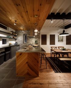 The Most Popular Kitchens From 13 Countries Around the World Corner Cupboard, Best Kitchen Designs, Cabinet Styles, Open Plan Kitchen, Shaker Style, Marble Countertops, Scandinavian Design, Cool Kitchens, Living Area