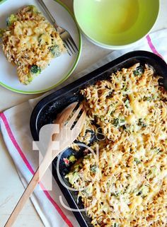Krémový kuskus s brokolicou Prosciutto, Gnocchi, Quinoa, Macaroni And Cheese, Healthy Recipes, Healthy Food, Pizza, Lunch, Ethnic Recipes