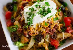 SW Layered Chips Syns per serving) Slimming World Dinners, Slimming Eats, Slimming Recipes, Skinny Recipes, Healthy Eating Recipes, Diet Recipes, Vegetarian Recipes, Cooking Recipes