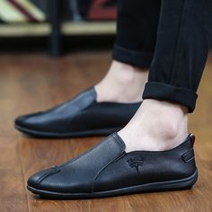 Li-Never 2019 New Spring Men Suede Leather Loafers Driving Shoes Moccasins Summer Fashion Mens Casual Shoes Flat Breathable Lazy Flats,Black,6.5,Italy