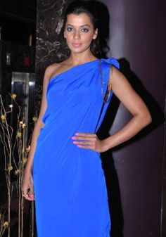 Anupama Verma & Mugdha Godse at Manali Jagtap Fashion Show   Best Indian Fashion Magazine Latest Indian Fashion Trends Indian Fashion News