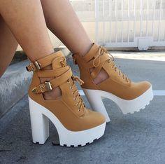 a68b5a7c1f2a9  JENNY quisiera saber donde conssigo esos zapatos Moda Con Zapatillas