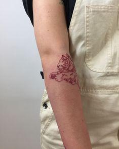 tattoo lower back - tatouagede Red Ink Tattoos, Subtle Tattoos, Line Tattoos, Small Tattoos, Sleeve Tattoos, Cool Tattoos, Tiger Tattoo Small, Awesome Tattoos, Tattoo Lower Back