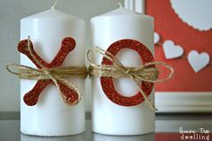 These XOXO Decorated Valentine's Day Candles are SO easy to make! Use as festive home decor or give them as a gift to your favorite Valentine. Valentines Day Decorations, Valentines Day Party, Valentine Day Crafts, Happy Valentines Day, Holiday Crafts, Holiday Fun, Valentine Ideas, Valentine's Day Quotes, Printable Valentine Bookmarks