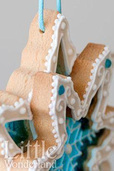 Estrellas de Navidad (galletas de cristal)   Christmas stars (stained glass cookies)