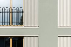 VETTER SCHMID Architekten | Wohnhaus-Kloten Buildings, Garage Doors, 1, Detail, Architecture, Outdoor Decor, Home Decor, Arquitetura, Cement Render