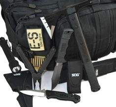Pretty neat SOG package that Echo-Sigma Emergency Systems has put together. #outdoor #knives #camping #hunting