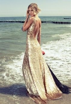 """Community Post: 63 Ideas For Your """"Little Mermaid"""" Wedding I will have a wedding photo shoot of me in a gold dress in the ocean like this. Foto Fashion, Fashion Beauty, Beauty Style, Dress Fashion, Elie Saab, Evening Dresses, Prom Dresses, Wedding Dresses, Bridesmaid Dress"""