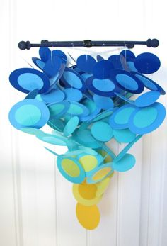 I've been wanting to make a mobile for Beckett's room forever. This one is awesome.