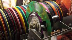 Jonnie's Jukebox Plays: Summer Holiday - Cliff Richard 1963 Multicoloure...