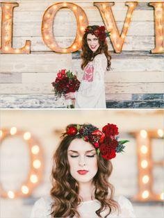 love marquee sign!!!! #weddinglights #weddingsigns #weddingchicks http://www.weddingchicks.com/2014/02/13/spicy-love-wedding-inspiration/