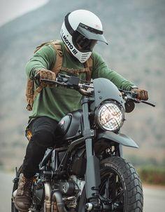 Ducati Scrambler By Gorm - Konzeptfahrzeuge Ducati Scrambler Custom, Scrambler Motorcycle, Moto Bike, Motorcycle Style, Motorcycle Gear, Motor Scrambler, Ducati Motor, Motocross Helmets, Retro Motorcycle