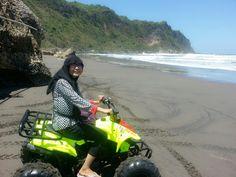 Try to drive atp at parangtritis beach Jogja *yeaaii