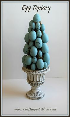 Egg Topiary from craftingrebellion, so pretty