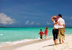 Ξεπέρασαν τις 424.000 οι αιτήσεις για το Πρόγραμμα «Τουρισμός Για Όλους» – My Review San Francisco, San Diego, Best Family Beaches, Ocean Wave, Couple Beach Photos, Cheap Holiday, Holiday Places, India Tour, Goa India