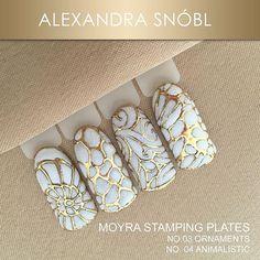 with Moyra nail art stamping plates, No. 03 Ornaments, No. 04 Animalistic and nail art foil #moyra#nailart#stamping#koromnyomda#ornamentd#animalistic#nailartfoil