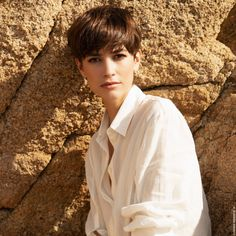 Today we have the most stylish 86 Cute Short Pixie Haircuts. Pixie haircut, of course, offers a lot of options for the hair of the ladies'… Continue Reading → Girls Short Haircuts, Haircuts For Long Hair, Haircut Long, Girl Short Hair, Short Hair Cuts, Ashy Hair, Trending Haircuts, Grunge Hair, Hair Trends