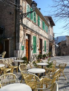 Mallorca Cafes - Visiting Spain