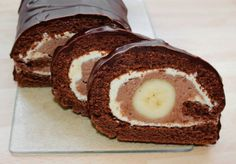 Rulada cu banana si vanilie Delicious Cake Recipes, Yummy Cakes, Sweet Recipes, Dessert Recipes, Sweet Cookies, Cake Cookies, Marzipan Cake, Eat Me Drink Me, Eat Dessert First